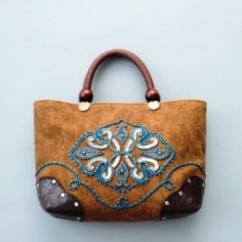 米永真由美の「ビーズ刺しゅうのハンドメイドバッグ」