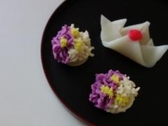 4月 「かぶと餅」と「花しょうぶ」