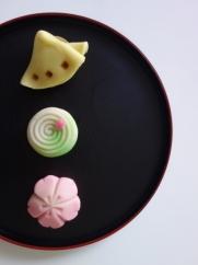 4月:春の茶席菓子「宴」「うららか」「胡蝶」
